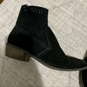 American Eagle Black Preforatedl Ankle Booties 7
